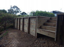 Tongue and groove retaining wall