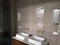 bathroom wall by Kevin Tiling