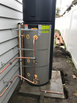 Heat pump hot water cylinder, Ponsonby - These are growing in popularity as it significantly drops your power for heating hot water call North Shore Plumbing to discuss