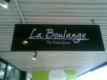 Bespoke cafe's - La boulange french cafe in Herne bay
