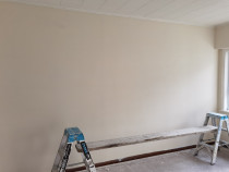 Skimming old wallboard to a smooth finished - Skimming old wallboard to a smooth finished