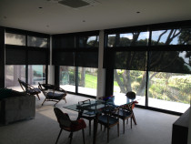 Motorised Sunscreen roller blinds - Sunscreen roller blinds with motor and remote control