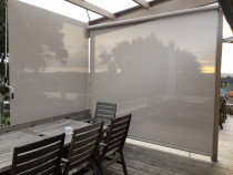 Cafe style outdoor screens with Mesh option - Manual Cafe style outdoor screen with gear box and crank handle