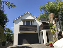 Waiatarua rd, Remuera - Exterior house painting.