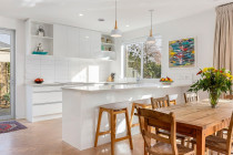 Mayfield Ave - Kitchen/dining