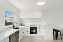 Urban Edge Construction - 7x apartments renovation - Parnell