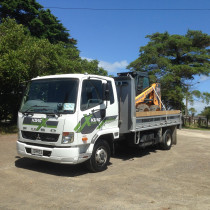 Soil and Bark delivery and removal by Kiwi Excavate Ltd - 2015 Mitsubishi Fuso Fighter 250 Truck. Measuring 2.4 metres in width and able to carry up to 5 tonne this makes it perfect for all your earthmoving needs. Our driver will find affordable tipping options nearby for all rubbish and soil removal.