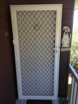 Hinged security door - Security hinged door with insect mesh and single locking system