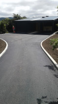 Asphalt driveways by K&D Contracting Ltd - Design and build driveways for set out to kerbing. From preparation to finished product including all landscaping