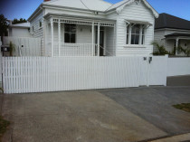 wooden gate - Aluminium and timber sliding gate