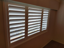 Shutters - 114mm Shutters for an ultra modern look. Blinds Online Ltd, Auckland & NZ wide.