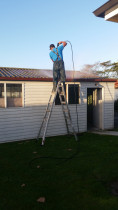 residential water blasting by Clean Start - Residential water blasting and window cleaning