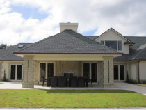 700sqm home, Coatesville by CWB Construction LTD