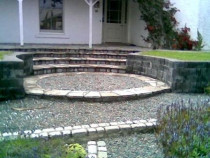 Circular stone paving and steps