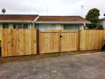 Fence and Gate Build