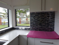 Kitchen Splash Back by Horizon Tiling & Interiors Ltd