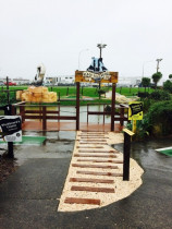 Eel feeding deck , finished product, at Pirates Mini Golf