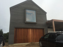 New build, Waiheke - McIntyre Builders - cedar weatherboard , purple heart hard wood