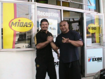Paul & The Tua Man - Very good customer & friend of Midas Onehunga.