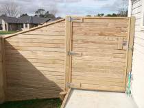 Mohi Te Whatu Fencing Limited - Horizontal dressed timber fence and ped gate
