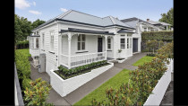 Bungalow repaint - Full exterior repaint of a bungalow in Remuera by Paint Crew