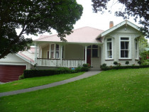 Mt Eden Villa - full preparation and repaint