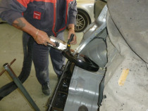 DARREN USING INVERTER SPOT WELDER at Redwood Panel & Paint 2005 Ltd