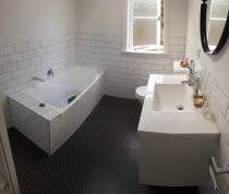 Bathroom - Floor mosaic tiles walls brick pattern