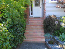 front entrance steps - A tiled front entrance enhances any property.Care must be taken to choose a non slip tile.