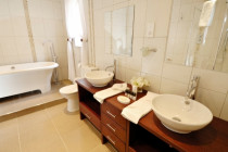 Designer Bathroom Renovations give Tradelink Plumbing & Gas Ltd a call